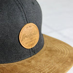 Fridolin Snapback Cap Dark Grey / Brown